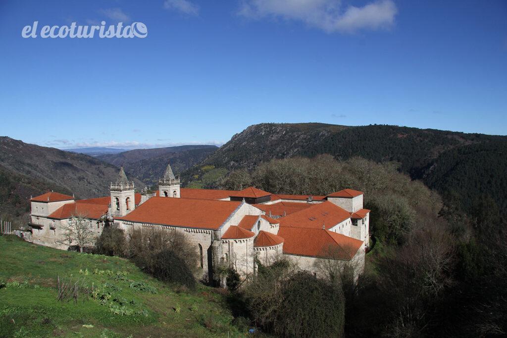 """alt=""""Monasterio de Santo Estevo"""""""